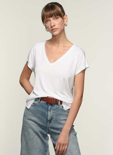 NGSTYLE Kadın Basic Viskon  Tişört NGKSS21TS0002 Beyaz
